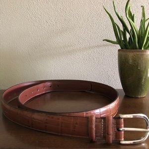 Perry Ellis leather belt size 44 waist.